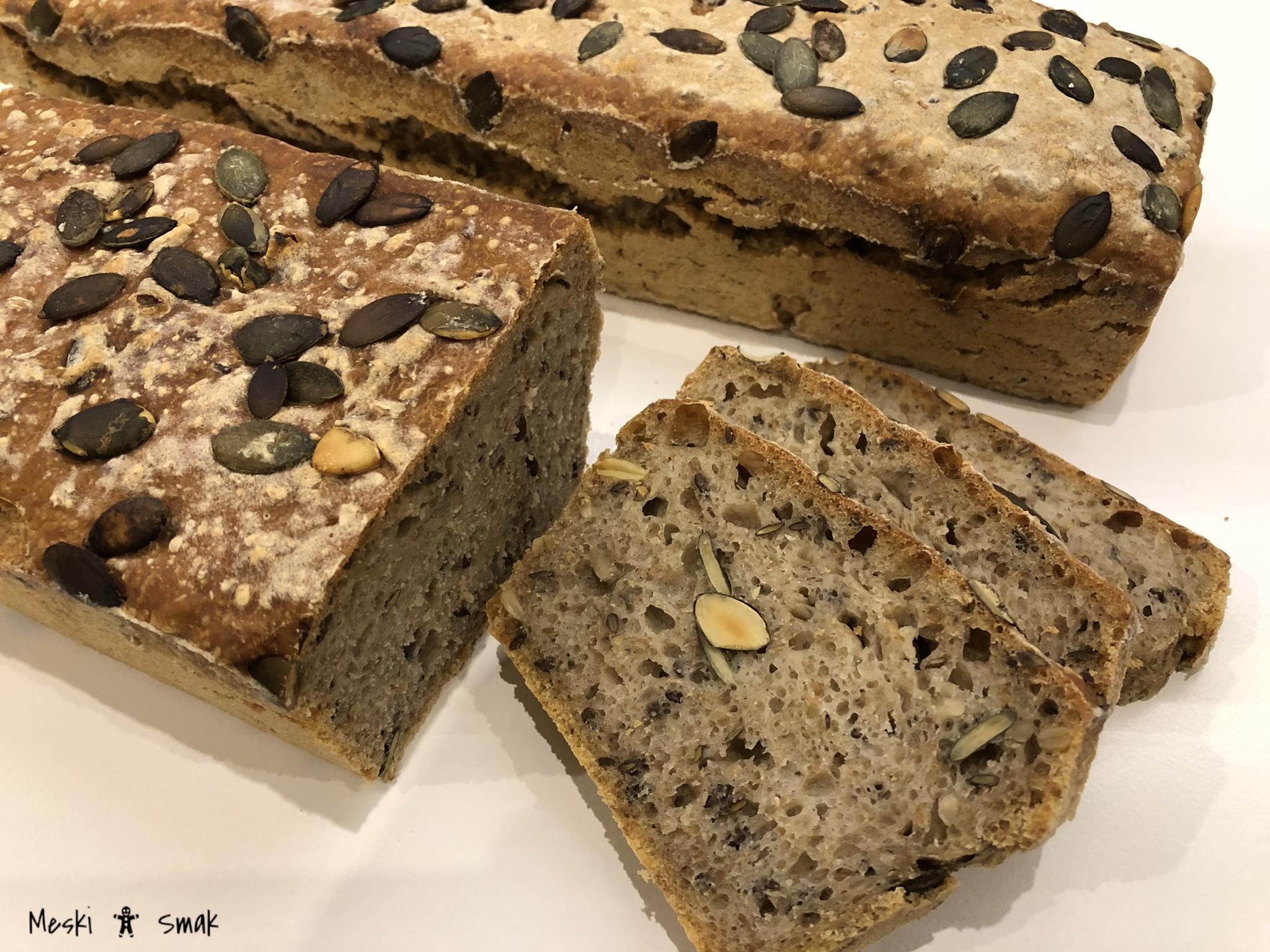 Przepis na domowy chleb na zakwasie z ziarnami