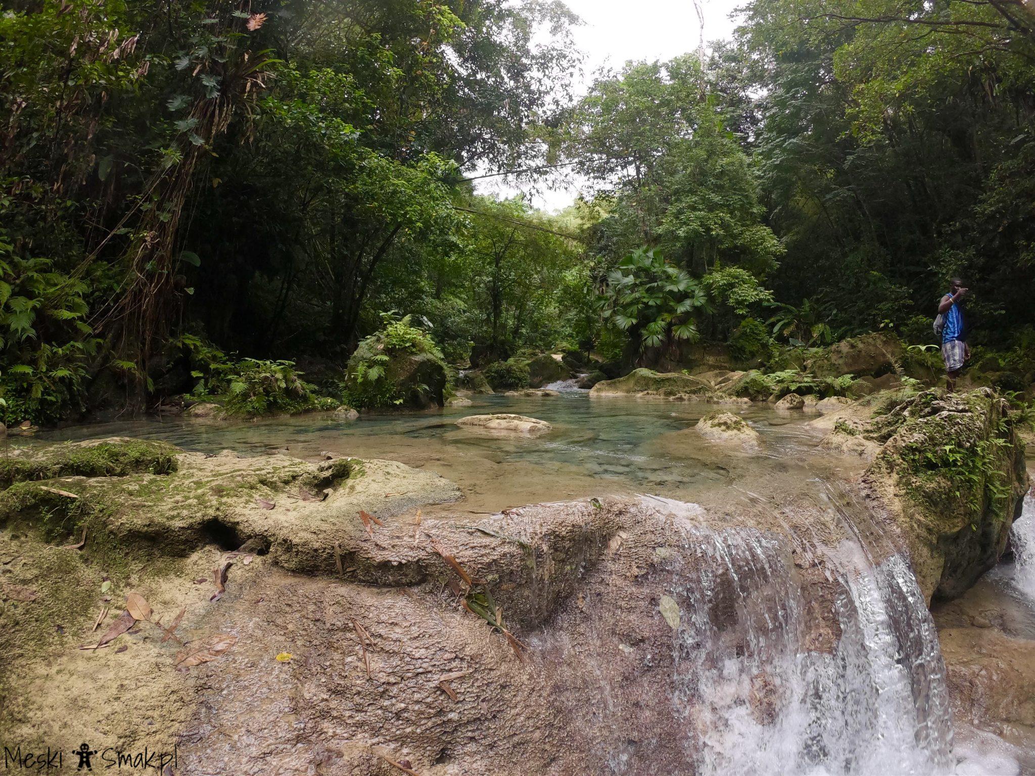Wodospady Reach Falls 13